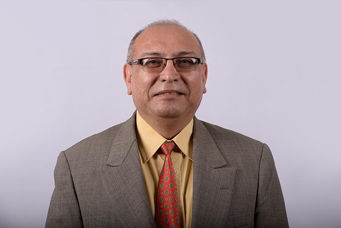 MBA Nestor Reyes